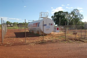 Aircraft Refuelling - Halls Creek Airport - Aerodrome Management Services Australia
